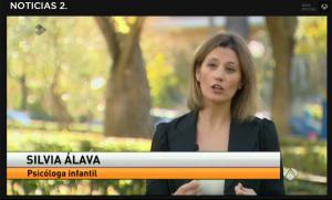 Silvia Álava - Noticias Antena 3 - padres helicóptero 011215