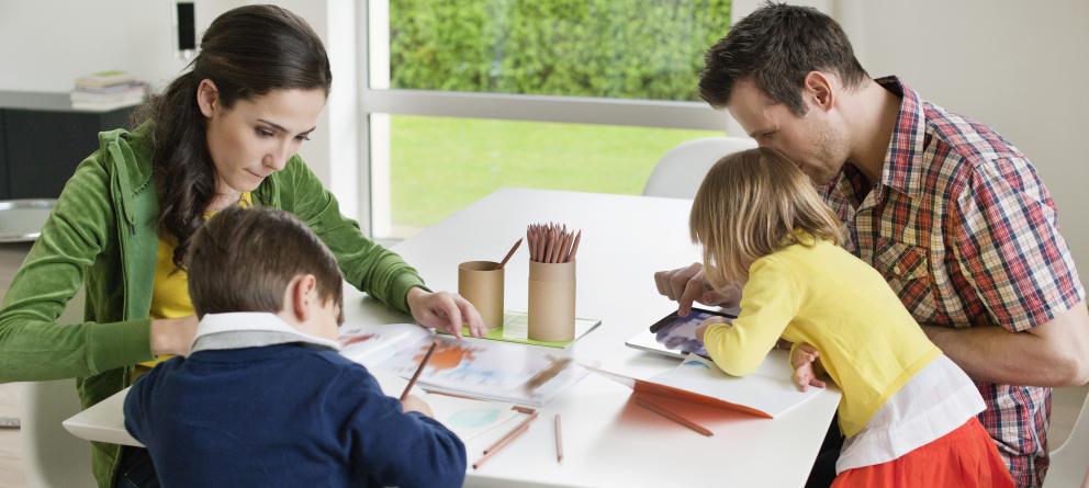 Padres y deberes escolares