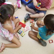 Cómo ayudar a los hijos en la adaptación a la guardería