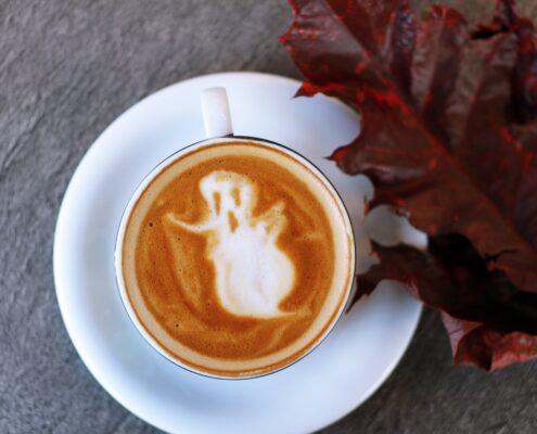 Halloween - toa-heftiba-ZWKNDOjwito-unsplash