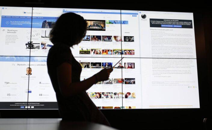 Niños y Redes Sociales - Silvia Álava