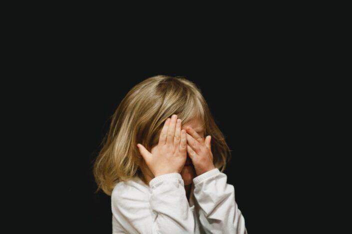 Regresión infantil caleb-woods-VZILDYoqn_U-unsplash